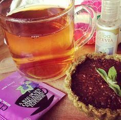 Tarta crudi-vegana de frutos secos rellena con chocolate, coco y quinoa inflada**