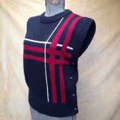Sweater Womens Pullover Vest Poncho Graphic Vintage 70s 80s