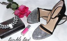 Veja como customizar o seu sapato usando glitter e deixar ele com cara de novo, de maneira super simples! - Veja mais em: http://www.vilamulher.com.br/artesanato/passo-a-passo/sapato-com-glitter-veja-como-fazer-17-1-7886495-430.html?pinterest-mat
