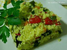 Cuscús con verduras   INGREDIENTES:     1 puñado de cuscús  por persona  cebolla  zanahoria  pimiento verde  pimiento rojo  comino mo...