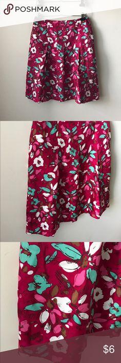 "Merona floral print silk skirt Pretty floral print silk skirt - side zipper closure - not lined - 100% silk - pleated details - waist across measures 16"" - total length measures 24"" - size 8 Merona Skirts"