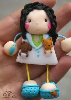 Mundo das Bonecas * Joana da Cunha: Boneca veterinária com pregadeira