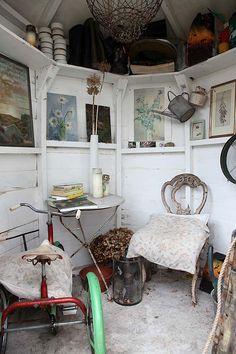 Summerhouse, with glases! Transparente! Excelente en estante superior que la rodea Para el glassroom!