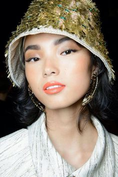 #xiaowenju Sade brows