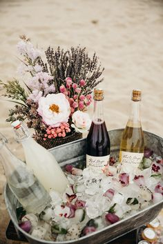 Two the Beach second birthday party from Borrowed Blu Picnic Birthday, 25th Birthday Parties, Birthday Dinners, Birthday On The Beach, 25th Birthday Ideas For Her, Wine Birthday, Backyard Birthday Parties, Rustic Birthday, Champagne Birthday
