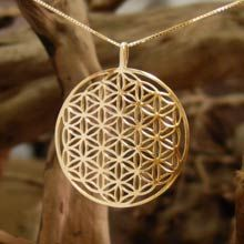 The Flower of Life pendant is excellent for healing & it helps in connecting you to your higher self. Giving the Flower of Life to someone is like giving them the whole universe in one jewel. People report physical & psychological changes from wearing this pendant - dissolution of their illusions, seeing the reality for what it is, & freedom from deep-seated fears.