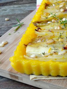 Polenta tart with endives braised with orange and goat cheese {Operation Prince de Bretagne - - Quinoa, Yellow Curry Recipe, How To Cook Polenta, Cooking Polenta, Polenta Cakes, Risotto, My Best Recipe, Vegan Dishes, Winter Food