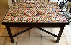 Diy Bottle Cap Crafts 496592296415941117 - DIY Ideas That Will Help You To Reuse Bottle Caps Source by eeladenheim Bottle Cap Table, Bottle Cap Art, Bottle Top, Diy Bottle, Reuse Bottles, Old Bottles, Beer Bottles, Drink Bottles, Bottle Cap Projects