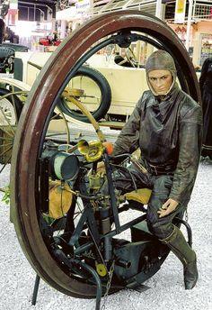 The Edison-Puton Monowheel normally resides at the Auto & Technik Museum at Sinsheim, Germ...