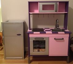IKEA Hackers: Duktig Kitchen Goes from Bland to Bling... and gets a fridge (with storage space)