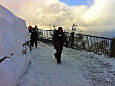 Observation deck at Heavenly Gondola / http://www.sleeptahoe.com/observation-deck-at-heavenly-gondola/