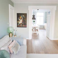 Binnenkijken bij Sheila - My Simply Special - Binnenkijken bij Sheila - Interior Design, House Interior, Living Room Carpet, Rustic Home Design, 1930s House Interior, 1930s House, Front Rooms, Living Room Paint, Home Decor