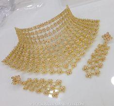 Gold Bangles Design, Gold Jewellery Design, Dubai Gold Jewelry, Graff Jewelry, Jewelery, Indian Bridal Jewelry Sets, Bridal Jewellery, Indian Jewelry, Jewelry Design Earrings