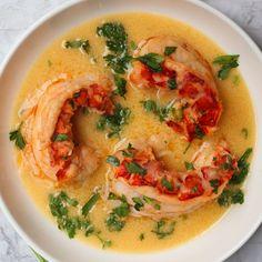 Garlic Lobster Recipe, Lobster Butter Sauce, Butter Poached Lobster Tail, White Wine Butter Sauce, Lobster Recipes, Creamy Lobster Sauce Recipe, Seafood Recipes, Lobster Dishes, Seafood Dishes