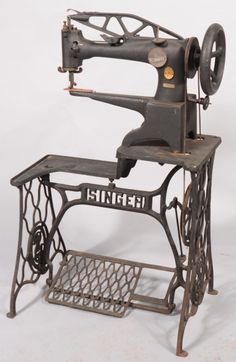 315: Singer Leather Treadle Type Sewing Machine. An ove : Lot 315