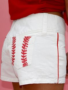 could do this with my boring old pair of white shorts and some red fabric paint