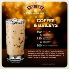 25 drinks recipes with Baileys liquor that will make your mouth water Bar Drinks, Cocktail Drinks, Yummy Drinks, Coffee Drinks, Cocktail Recipes, Alcoholic Drinks, Beverages, Licor Baileys, Bebidas Baileys
