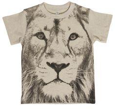 T-shirt med ett lejon