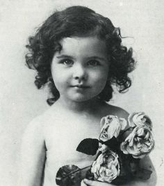 VIVIAN MARY HARTLEY  ★ VIVIEN LEIGH ★when she was a child  1913-1967 (died at age 53)