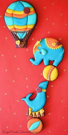 Circus Hot Air Balloon, Seal, and Elephant Cookies - Sugar Pearls Cakes and Bakes via Cookie Connection Cookies For Kids, Fancy Cookies, Iced Cookies, Biscuit Cookies, Cute Cookies, Royal Icing Cookies, Yummy Cookies, Cupcake Cookies, Sugar Cookies