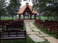 Clic Oaks Ranch Wedding Venue In Mansfield Tx All S Creatures Great Small Pinterest Weddings Venues And