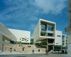Architects: Yazdani Studio Location: La Jolla, California, USA Client: University of California, San Diego Project Team: Mehrdad Yazdani, Design