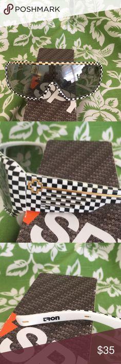 Dragon Tron Checkerboard Sunglasses perfect shape Dragon Tron Checkerboard Sunglasses perfect shape fast shipper of these Hip glasses dude🦊🕶👓👀 Dragon Accessories Sunglasses
