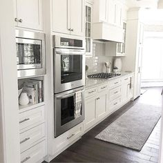 Awesome 90 Awesome White Kitchen Cabinet Design Ideas https://decorapatio.com/2018/02/22/90-awesome-white-kitchen-cabinet-design-ideas/