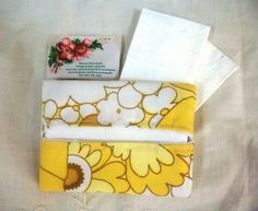 Retro Handy  Pocket Tissue Holder handmade with 1960s flower power vintage