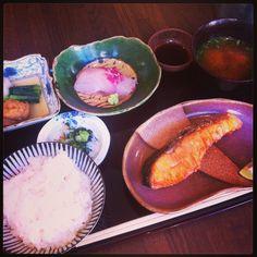Grilled salmon Japanese teishoku