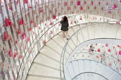 Spiral Staircase At Awesome Barbie Dolls Shanghai Store By Slade Architecture home trends design photos, home design picture at Home Design and Home Interior Kids Store, Toy Store, Store 3, Shanghai, Kengo Kuma, Modern Staircase, Staircase Design, Spiral Staircase, Zaha Hadid
