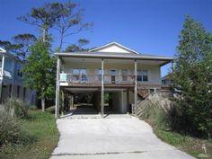 409 WOMBLE St. Oak Island, NC 28465