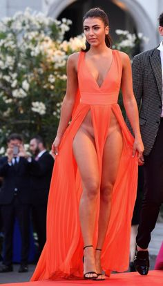 Italian models Giulia Salemi and Dayane Mello stun onlookers at the Venice Film…