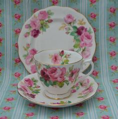 Etsy で見つけた素敵な商品はここからチェック: https://www.etsy.com/jp/listing/260399255/royal-albert-princess-anne-vintage
