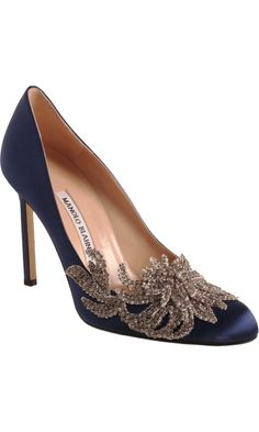 Swan Pump in Navy