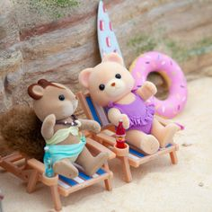 My Summer Diorama - Mimi's Little Sylvanian Town Real Treasure Maps, Diorama, Tree House Playground, Sylvania Families, Calico Critters Families, Mermaid Sculpture, Box Container, Cute Polymer Clay, Tree Trunks