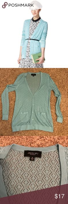 Jason Wu for Target Blue Diamond Weave Cardigan M Love this light blue diamond weave cardigan - just too snug now in a size Medium. Worn a few times, dry cleaned once. Perfect long cardi for work or leisure. Warm but not too warm - great for mid-season. Such cute snaps instead of buttons! Jason Wu for Target was such a fun collection! Please ask questions to be well-informed before buying! Smoke and pet-free home, enjoy! Jason Wu for Target Sweaters Cardigans