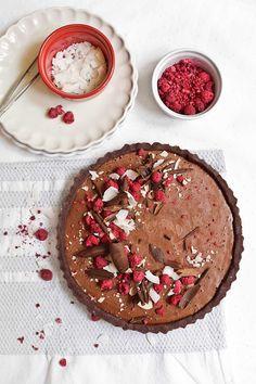 Tarta mousse vegana de chocolate y frambuesa