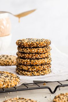 Quick + Easy Vegan Tahini Cookies (Gluten Free, Dairy Free, Vegan, Paleo) - If you have 30 minutes to spare, make these delicious vegan tahini cookies. They're healthy and easy to make – but more importantly, with their crispy caramelised edges, sweet chewy centre and an amazing tahini flavour… they're absolutely to die for. Easy cookie recipe. Quick cookies. Tahini recipes. Quick dessert recipes. Healthy dessert recipes. Healthy cookies. Vegan cookies. Vegan dessert recipes. #cookies #tahini Best Vegan Desserts, Vegan Keto Recipes, Vegan Sweets, Healthy Recipes, Quick Dessert Recipes, Easy Cookie Recipes, Snack Recipes, Paleo Dessert, Appetizer Recipes