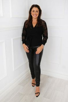 Winter Tops For Women, Luxury Fashion, Womens Fashion, Work Attire, Lace Sleeves, Skinny Pants, Jumper, Leather Skirt, Long Sleeve Shirts
