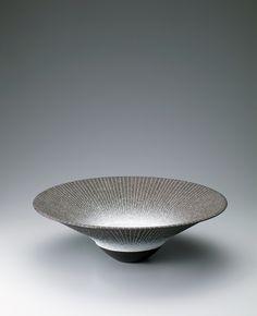 写真:彩陶象嵌鉢