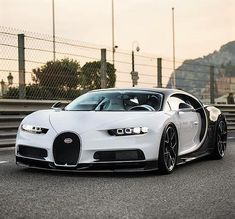 The Bugatti was unveiled in Paris in 1991 and went into production until Bugatti went out of business in 1995 (Bugatti has since been resurrected by Volkswagen). The car was available as a two-door sports car and only 31 cars were produced. Luxury Sports Cars, New Sports Cars, Exotic Sports Cars, Super Sport Cars, Best Luxury Cars, Exotic Cars, Bugatti Veyron, Bugatti Cars, Ferrari Car