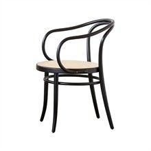Ton Armchair no. 30 - svart med rotting sits