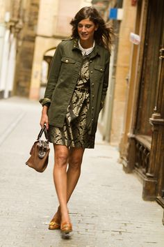 Military barroque (by Belén  @B a) http://lookbook.nu/look/4183630-Military-barroque