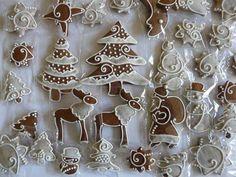 mézeskalács Make A Gingerbread House, Christmas Gingerbread, Gingerbread Cookies, Easy Holiday Desserts, Christmas Desserts, Christmas Treats, German Christmas Food, Xmas Food, Honey Cookies