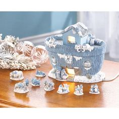 """Snow Buddies Noah's Ark from KoehlerHomeDecor.com.  """"Snow-ah"""" and his animal pals are ready to board a snugly ark!  Buy wholesale at Koehler Home Décor."""