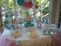 Amira, aka A Design's daughter's birthday party at home