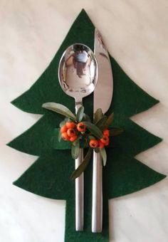 101 Creative Christmas Table Decoration To Brighten Up Your Feast - Cheap Christmas, Felt Christmas, Simple Christmas, Christmas Home, England Christmas, Etsy Christmas, Modern Christmas, Scandinavian Christmas, Christmas Projects