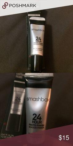 Smashbox 24 Hour Photo Finish Shadow Primer Smashbox 24 Hour Photo Finish Shadow Primer 0.41 fl oz / 12.00 ml used twice Smashbox Makeup Eye Primer