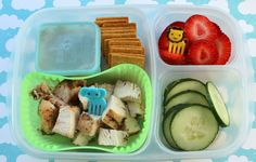 Yummy bento lunch idea - fresh fruits and more!